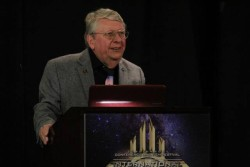 Richard Hoover astrobiolog International UFO Congress
